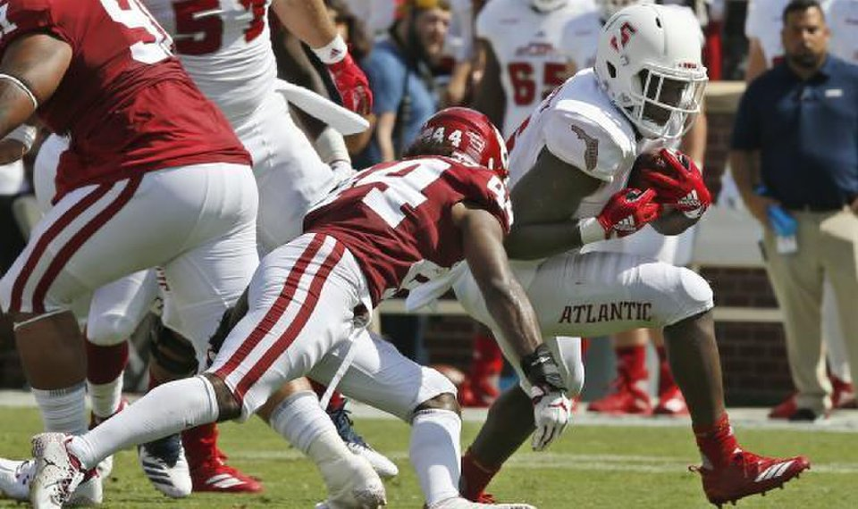 OU football: Young players help Sooners to solid start on ...
