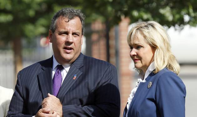 New Jersey Gov. Chris Christie talks with Oklahoma Gov. Mary Fallin after the two toured the the Oklahoma City National Memorial in Oklahoma City, Wednesday, Aug. 20, 2014. The two governors were at the site of the 1995 Oklahoma City bombing Wednesday in advance of a Republican Governors Association meeting and a fundraising event for Fallin. Christie is the chairman of the Republican Governors Association.(AP Photo/The Oklahoman, Nate Billings) LOCAL STATIONS OUT (KFOR, KOCO, KWTV, KOKH, KAUT OUT); LOCAL WEBSITES OUT; LOCAL PRINT OUT (EDMOND SUN OUT, OKLAHOMA GAZETTE OUT) TABLOIDS OUT