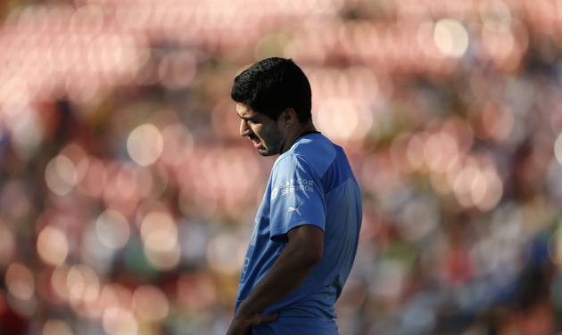 Uruguay's Luis Suarez is seen during a training session at Jacare Stadium in Sete Lagoas, Brazil,  Tuesday, June 10, 2014. Uruguay continues its preparations for the upcoming 2014 World Cup. (AP Photo/Victor R. Caivano)