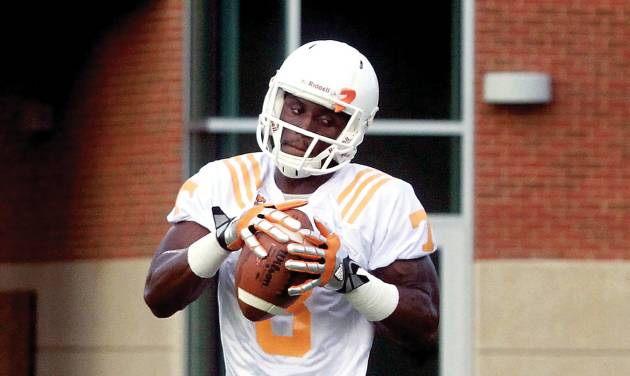 University of Tennessee wide receiver Marquez North (8) does drills during practice Friday, Aug. 1, 2014, in Knoxville, Tenn. (AP Photo/The Daily Times, Mark A. Large) MANDATORY CREDIT