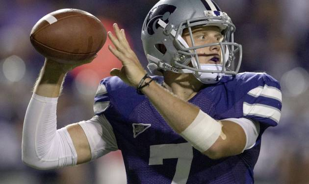 Kansas State quarterback Collin Klein (7) passes to a receiver during the second half of an NCAA college football game against North Texas in Manhattan, Kan., Saturday, Sept. 15, 2012. (AP Photo/Orlin Wagner)