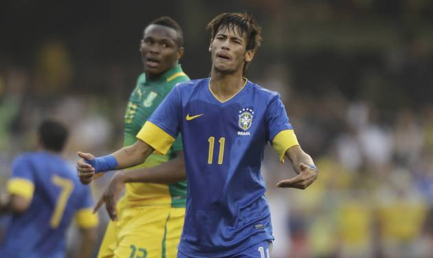 Brazil's Neymar reacts during a friendly soccer match against South Africa in Sao Paulo, Brazil, Friday, Sept. 7, 2012. (AP Photo/Nelson Antoine)