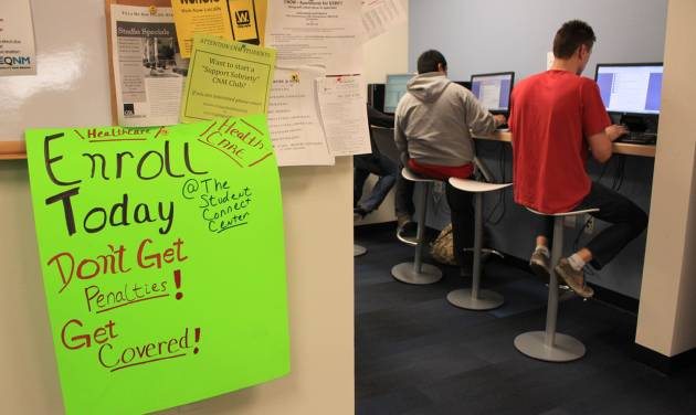 Students at Central New Mexico Community College apply for taxpayer-subsidized health plans under President Barack Obama's health care law during a special enrollment event in Albuquerque, N.M., Monday, March 31, 2014. (AP Photo/Susan Montoya Bryan)