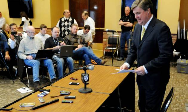 Colorado head coach Mike MacIntyre prepares to talk about his first recruiting class on signing day at an NCAA college football news conference, Wednesday, Feb. 6, 2013, in Boulder, Colo. (AP Photo/The Daily Camera, Cliff Grassmick) NO SALES; MAGS OUT; TV OUT