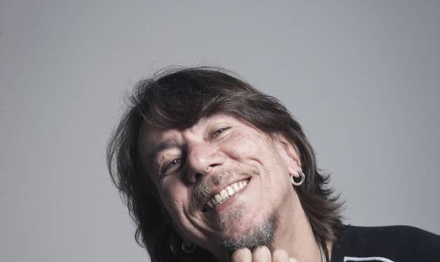 This undated image released by Brasil Summerfest shows Lenine who will perform at the fourth annual Brasil Summerfest in New York. Beginning Friday, July 18, nearly 20 acts representing a cross section of Brazilian popular music will play at venues across the city. (AP Photo/Brasil Summerfest, Harper Smith)
