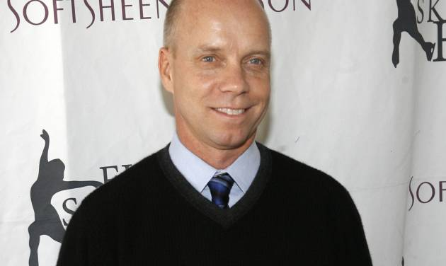 """FILE - In this April 9, 2007, file photo, Olympic figure skating gold medalist Scott Hamilton arrives for Figure Skating In Harlem's annual gala """"Skating with the Stars"""" at Central Park's Wollman Rink in New York.  Hamilton is at his seventh Winter Olympics as a figure skating analyst. His signature is conveying to viewers the feeling that he's on the ice alongside the competitors, exhaling in disappointment at a slip or shouting in triumph when a skater smoothly lands a complicated jump.  (AP Photo/Jason DeCrow, File)"""