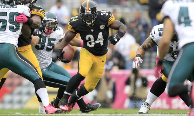 Pittsburgh Steelers running back Rashard Mendenhall (34) dashes past Philadelphia Eagles outside linebacker Mychal Kendricks (95) and the rest of the Eagles defense for a long run in the first quarter of an NFL football game in Pittsburgh, Sunday, Oct. 7, 2012. (AP Photo/Gene J. Puskar)