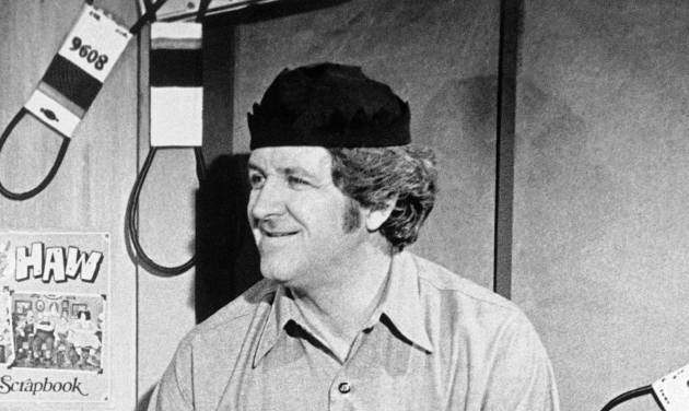 "FILE - In this Aug. 5, 1985 file photo shows George ""Goober"" Lindsey, the jovial persona on ""The Andy Griffith Show"" and ""Hee Haw."" Lindsey, who spent nearly 30 years as the grinning Goober Pyle, died early Sunday, May 6, 2012. He was 83. (AP Photo, File)"