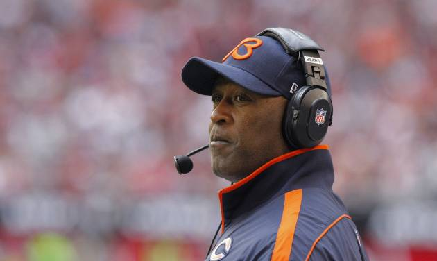 Chicago Bears head coach Lovie Smith watches his team during the first half of an NFL football game against the Arizona Cardinals, Sunday, Dec. 23, 2012, in Glendale, Ariz. (AP Photo/Rick Scuteri)