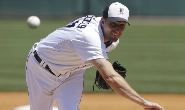 Detroit Tigers starting pitcher Max Scherzer throws during the first inning of an exhibition spring training baseball game against the Tampa Bay Rays, Friday, March 29, 2013 in Lakeland, Fla. (AP Photo/Carlos Osorio)