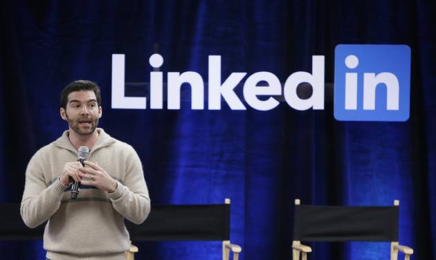 Microsoft to buy networking site LinkedIn for $26.2 billion