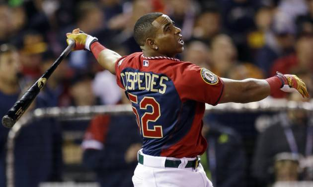 American League's Yoenis Cespedes, of the Oakland Athletics, hits during the MLB All-Star baseball Home Run Derby, Monday, July 14, 2014, in Minneapolis. (AP Photo/Jeff Roberson)
