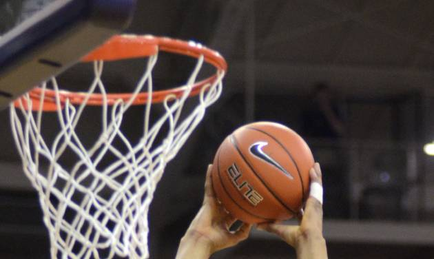 TCU's Karviar Shepherd dunks the ball against Iowa State during the first half of an NCAA college basketball game, Saturday, Feb. 22, 2014 in Fort Worth, Texas. (AP Photo/The Fort Worth Star-Telegram, Bob Haynes)  MAGS OUT; (FORT WORTH WEEKLY, 360 WEST); INTERNET OUT