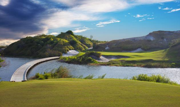 This 2013 image provided by Streamsong shows golf courses at the new Streamsong Resort in central Florida about 50 miles from Tampa. The new 16,000-acre luxury property has edgy modern architecture and two award-winning public golf courses and is located on what was once a phosphate mine.  (AP Photo/Streamsong, LC Lambrecht)