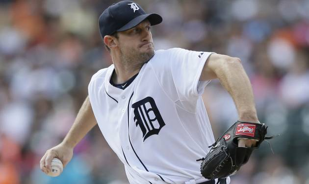 Detroit Tigers starting pitcher Max Scherzer throws during the first inning of an interleague baseball game against the Pittsburgh Pirates, Thursday, Aug. 14, 2014 in Detroit. (AP Photo/Carlos Osorio)