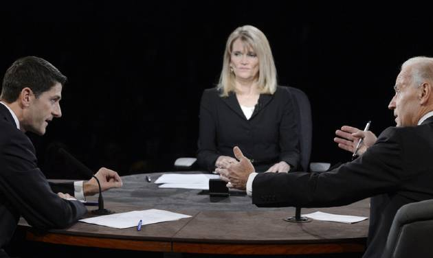 Moderator Martha Raddatz watches as Vice President Joe Biden and Republican vice presidential nominee Rep. Paul Ryan of Wisconsin participate in the vice presidential debate at Centre College, Thursday, Oct. 11, 2012, in Danville, Ky. (AP Photo/Pool-Michael Reynolds)