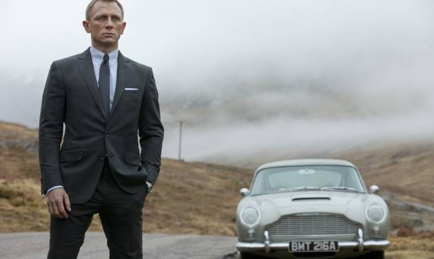 """This film image released by Columbia Pictures shows Daniel Craig as James Bond in the action adventure film, """"Skyfall."""" (AP Photo/Sony Pictures, Francois Duhamel)"""