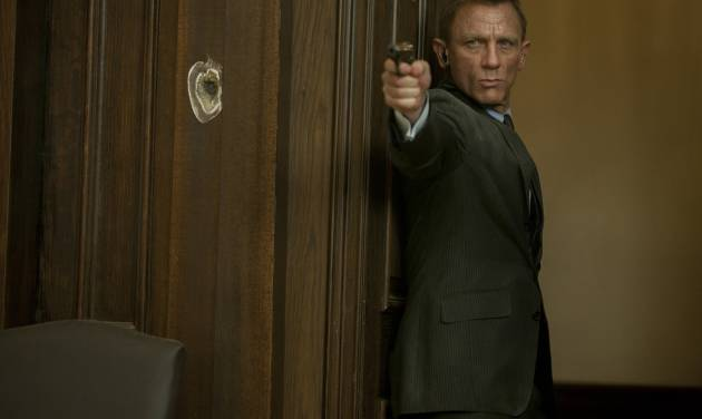"""Daniel Craig stars as James Bond in Metro-Goldwyn-Mayer Pictures/Columbia Pictures/EON Productions' action adventure """"Skyfall."""" (Francois Duhamel/Courtesy Columbia Pictures/MCT)"""