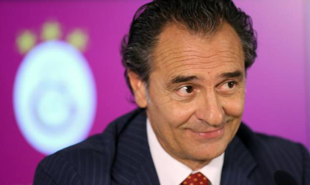 Former Italy national soccer team coach Cesare Prandelli during a signing ceremony with Galatasaray in Istanbul, Turkey, Tuesday, July 8, 2014. Prandelli signed a two-year contract with the Istanbul side on Tuesday, replacing another Italian, Roberto Mancini. Prandelli resigned from Italy immediately after the Azzurri's loss to Uruguay in the World Cup, which consigned his team to a disappointing group stage exit.(AP Photo/Emrah Gurel)