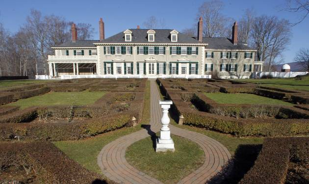 This Monday, Nov. 19, 2012 photo shows the Robert Todd Lincoln mansion Hildene in Manchester, Vt. The Georgian Revival home was built in 1905 by Robert Todd Lincoln, the only one of the president's four children to survive to adulthood. (AP Photo/Toby Talbot)