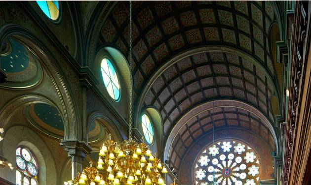 """This January 2008 provied by The New York Landmarks Conservancy shows the Eldridge Street Museum and Synagogue on the Lower East Side of New York. The 1887 building boasts a soaring 50-foot ceiling and lavish Moorish-style interior and will be featured in The New York Landmarks Conservancy """"Sacred Sites Open House Weekend"""" on May 17 & 18. (AP Photo/The New York Landmarks Conservancy, courtesy of the Museum at Eldridge Street, Kate Milford)"""