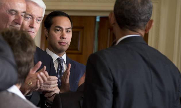 San Antonio, Texas Mayor Julian Castro, center, applauds President Barack Obama in the East Room of the White House in Washington, Tuesday, June 11, 2013, after the president spoke about immigration reform. From left are, Los Angeles Police Chief William Bratton, US Chamber of Commerce CEO Thomas Donohue and Castro.  (AP Photo/Evan Vucci)
