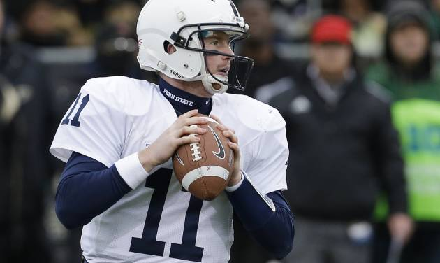 Penn State's Matthew McGloin looks to throw during the first half of an NCAA college football game against Purdue Saturday, Nov. 3, 2012, in West Lafayette, Ind. (AP Photo/Darron Cummings