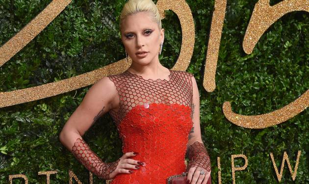Laga Gaga Joins Super Bowl 50 Extravaganza, Will Sing National Anthem