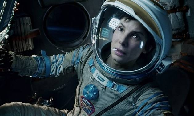 """This film image released by Warner Bros. Pictures shows Sandra Bullock in a scene from """"Gravity.""""  (AP Photo/Warner Bros. Pictures, File)"""