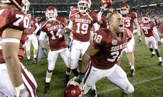 J.D. Runnels celebrates after the Oklahoma Sooners (OU) beat the Oregon Ducks in the Pacific Life Holiday Bowl college football game at Qualcomm Stadium in San Diego, Calif., Thursday, December 29, 2005. By Bryan Terry, The Oklahoman.