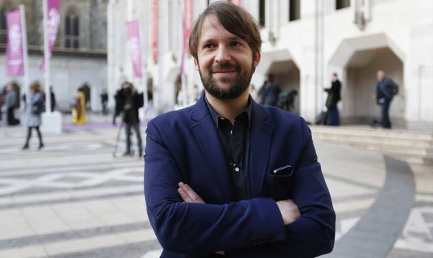 FILE - This April 29, 2013 file photo shows Danish chef Rene Redzepi in London. Redzepi's restaurant Noma in Copenhagen, Denmark won the title of world's top restaurant. Noma _ which has a meticulous focus on simple, indigenous ingredients such as snails, moss and cod liver _ held the No. 1 spot on Restaurant magazine's annual ranking of the world's 50 best restaurants for three years before being bested in 2013 by avant-garde eatery El Celler de Can Roca in Girona, Spain. During a ceremony Monday in London, Noma reclaimed the top spot while El Celler fell to No. 2. (AP Photo/Lefteris Pitarakis, File)