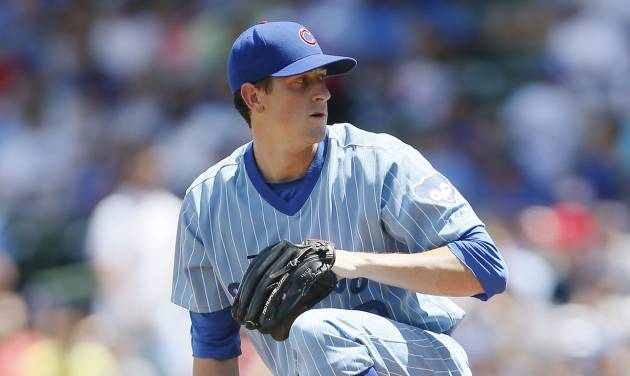 Chicago Cubs starting pitcher Kyle Hendricks delivers against the St. Louis Cardinals during the first inning of a baseball game on Sunday, July 27, 2014, in Chicago. (AP Photo/Andrew A. Nelles)