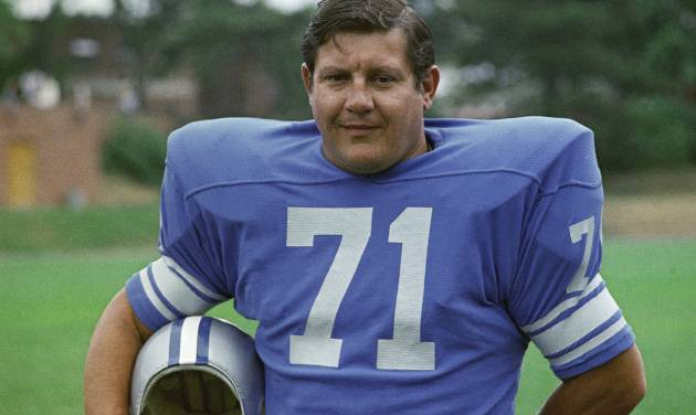 FILE - This is a 1971 file photo showing Detroit Lions football player Alex Karras. Karras, who gained fame in the NFL as a fearsome defensive lineman and later as an actor, has died. He was 77. Craig Mitnick, Karras' attorney, said Karras died at home in Los Angeles on Wednesday, Oct. 10, 2012, surrounded by family. (AP Photo/File)