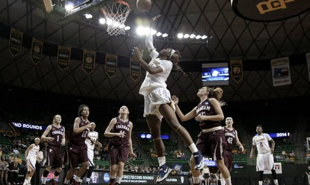 California's Reshanda Gray (21) goes up for a shot as Fordham's Erin Rooney (1), Mary Nwachukwu (12), Emily Tapio (11) and Hannah Missry, right, watch during the first half of a first-round game in the NCAA women's college basketball tournament, Saturday, March 22, 2014, in Waco, Texas. (AP Photo/Tony Gutierrez)