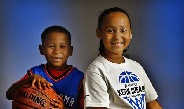 Mateo and Lilly Reynolds, recipients of The Oklahoman scholarship for the Kevin Durant Basketball Camp, are huge fans of the Thunder and Kevin Durant. Photo by Chris Landsberger, The Oklahoman.