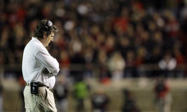 There are no winners in the Mike Leach fiasco at Texas Tech. AP PHOTO