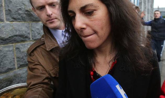 Jenny Lauren, niece of US fashion designer Ralph Lauren, leaves Ennis District Court, Ennis, Ireland, Wednesday Jan. 8, 2014. Lauren appeared in an Irish court on charges of being drunk and disorderly on a New York-bound plane. Jewelry designer Jenny Lauren was arrested after a Delta flight from Barcelona made an unscheduled stop at Shannon Airport on Monday. (AP Photo/PA,Niall Carson) UNITED KINGDOM OUT  NO SALES  NO ARCHIVE