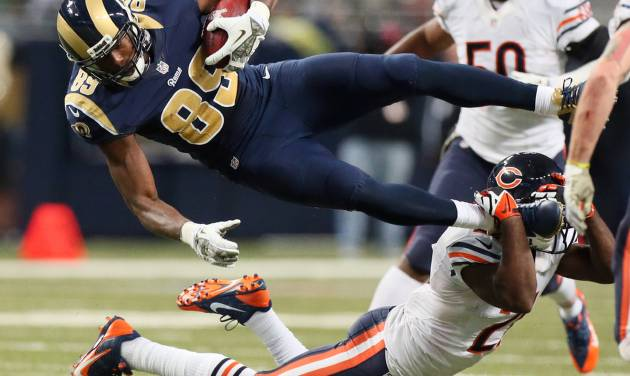 St. Louis Rams tight end Jared Cook (89) is tackled by Chicago Bears safety Major Wright in the fourth quarter of an NFL football game on Sunday, Nov. 24, 2013, in St. Louis. (AP Photo/St. Louis Post-Dispatch, Chris Lee)  EDWARDSVILLE INTELLIGENCER OUT; THE ALTON TELEGRAPH OUT