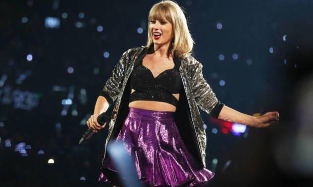 In this Saturday, Aug. 22, 2015, file photo, Taylor Swift performs during the