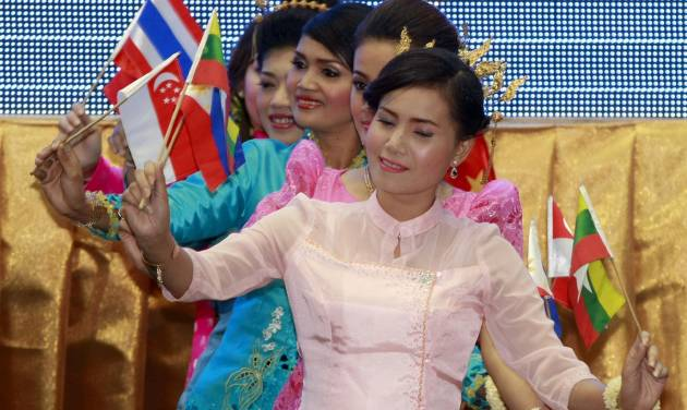 Cambodian dancers perform at the opening ceremony of the 20th ASEAN Summit in Phnom Penh, Cambodia Tuesday, April 3, 2012. Cambodia hosted the two-day summit of leaders of the Association of Southeast Asian Nations starting Tuesday. (AP Photo/Apichart Weerawong)