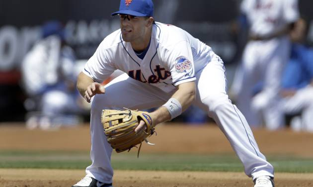 New York Mets third baseman David Wright works at his position during the second inning of an exhibition spring training baseball game against the St. Louis Cardinals Friday, March 29, 2013, in Port St. Lucie, Fla. (AP Photo/Jeff Roberson)