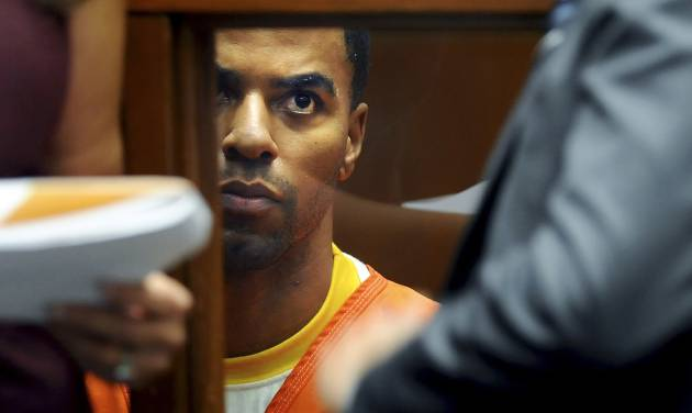 NFL All-Pro safety Darren Sharper appears on Monday, March 24, 2014, in Los Angeles Superior Court in Los Angeles. The judge has again refused to release Sharper from jail. Sharper is awaiting trial in Los Angeles after pleading not guilty to charges that he raped and drugged two women last year. He was previously released on $1 million bail before being charged in Arizona with similar counts. (AP Photo/Los Angeles Times, Wally Skalij, Pool)
