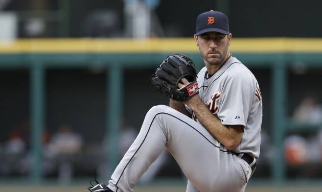 Detroit Tigers starting pitcher Justin Verlander delivers in the first inning of a baseball game against the Cleveland Indians, Wednesday, May 22, 2013, in Cleveland. (AP Photo/Tony Dejak)