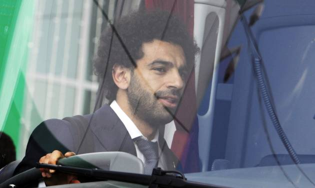 Mohamed Salah joins Egypt training session