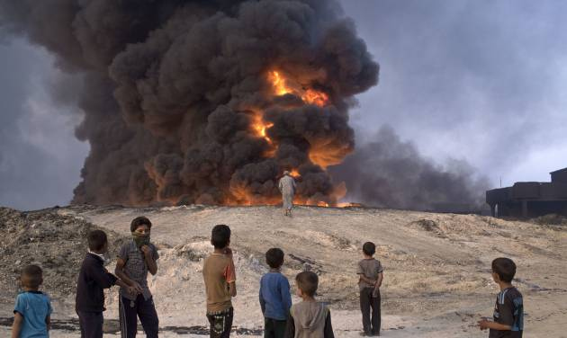 Iraqi forces push into two more villages near Mosul