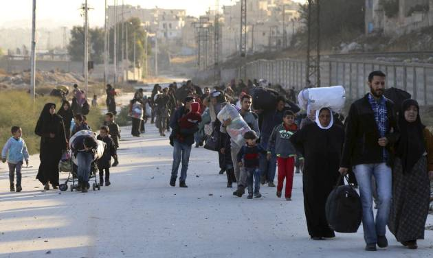 Thousands Flee Eastern Aleppo As Syrian Regime Forces Advance
