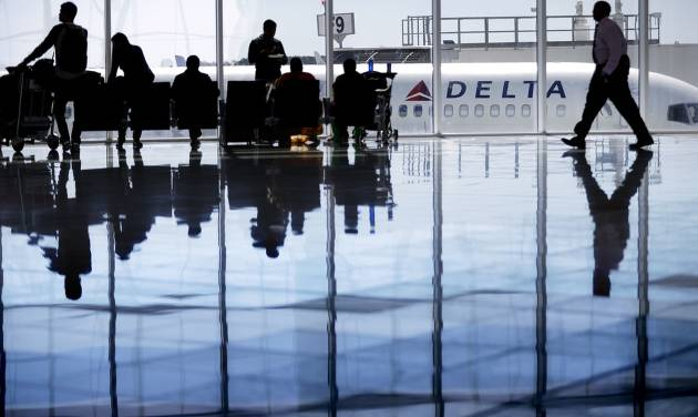 Delta Air Lines beats profit estimate but revenue falls short