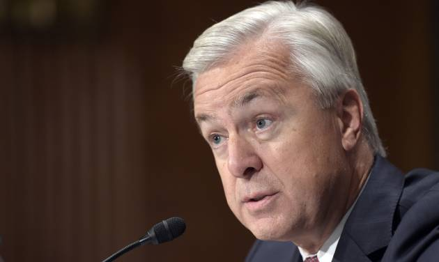 Warren Demands Resignation of Wells Fargo CEO In Wake of Fraud Scandal