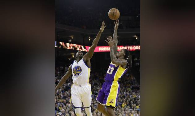 Durant leads Warriors' 2nd straight win over Lakers, 109-85