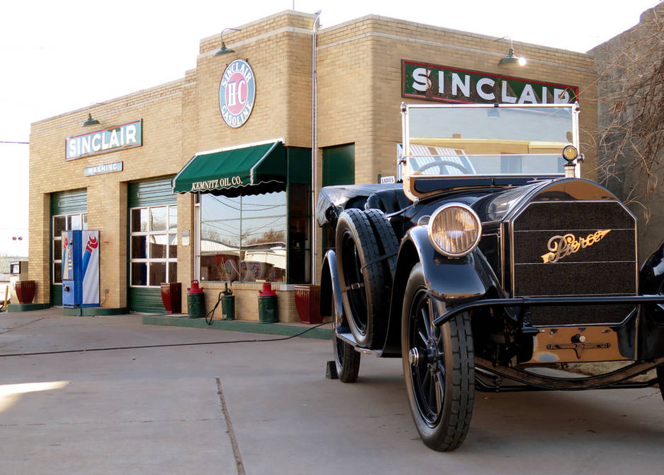 Iconic Perry station is part of Sinclair's centennial